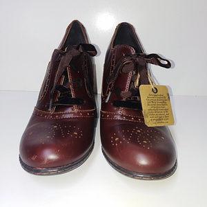 BORN Heels - 11M
